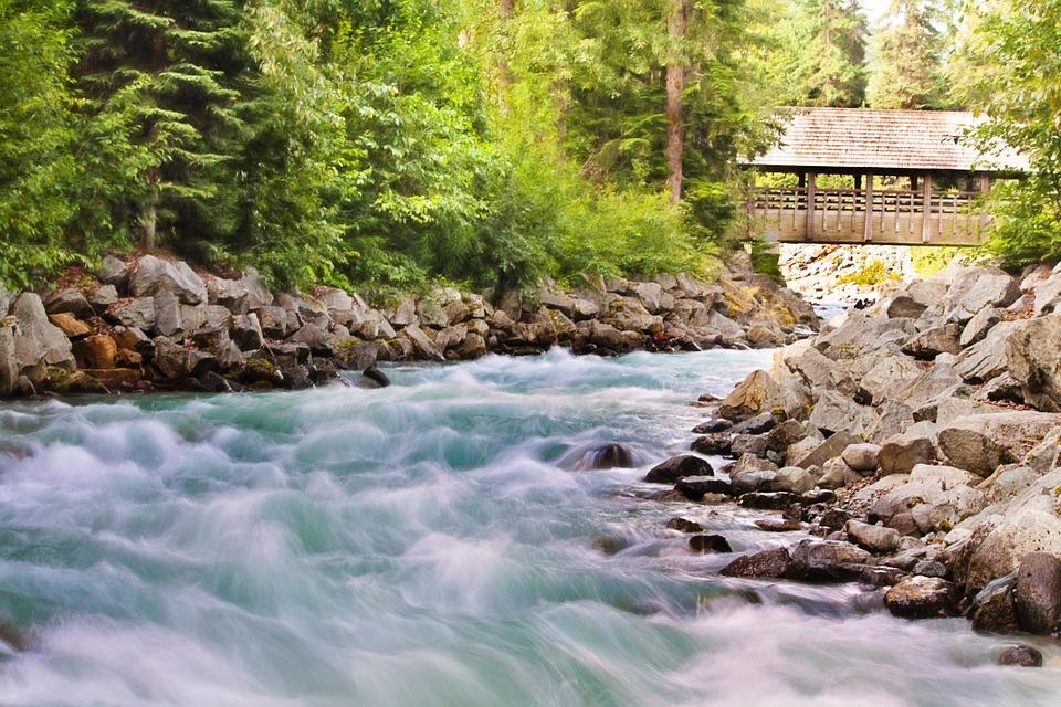 flowing-creek_960_720