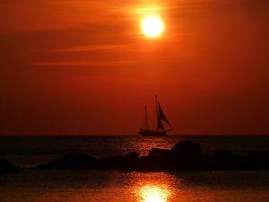 sunset-sailing-ship_960_720